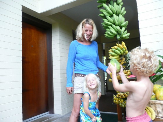 All-you-can-eat bananas and papayas at our cute little Dolphin Bay Hotel in Hilo