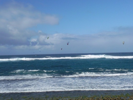 Maui's kitespot for real men: Lanes