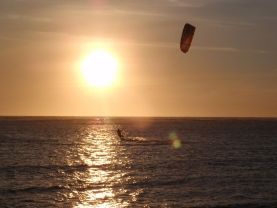sunset kiting at Coronation Bay