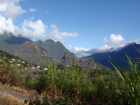 CILAOS mountain road